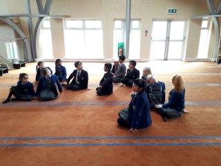 Hulme Grammar Preparatory School visiting Oldham Centreal Mosque