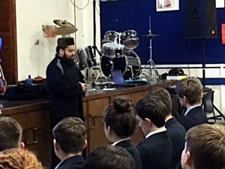 Presentation at Saddleworth School - Mufti Helal Mahmood